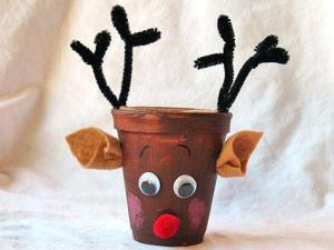 paper-cup-rudolph-christmas-craft-photo-475x357-aformaro-02_476x357